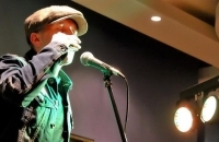 Laurie McVay presents Blues and Grooves